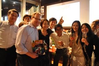 先日開催されたBeer for Books@赤坂にも参加してくださいました!右から3番目が西川さんです。