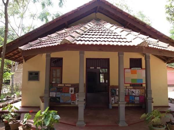 建設された図書室