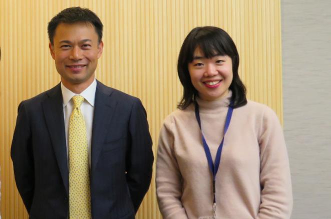 アビームコンサルティングCSRユニット長の矢野さんとルーム・トゥ・リード担当の白さん